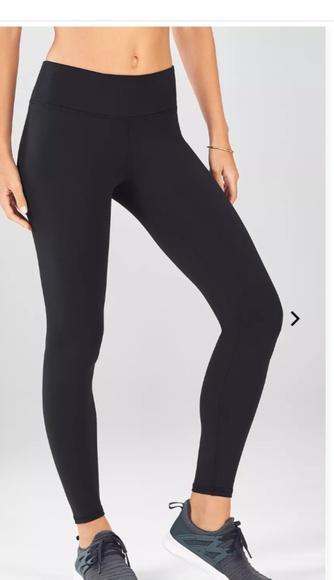 ccdf2ff3c4880e Fabletics Pants | Salar Solid Powerhold Legging Xs Short 26 | Poshmark